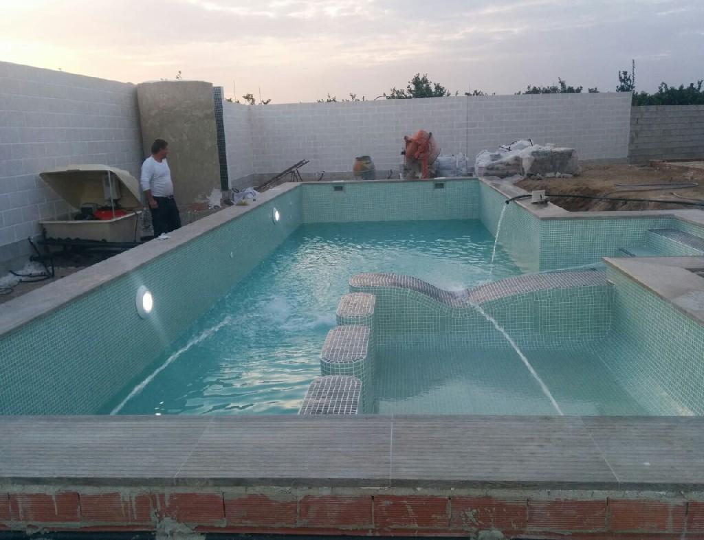 Hacer piscina de obra cheap como hacer una piscina de for Cuanto cuesta piscina obra