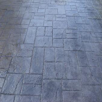 hormigon impreso detalle piedra pizarra chalet torrevieja