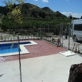 Vista norte de piscina en Almorad铆